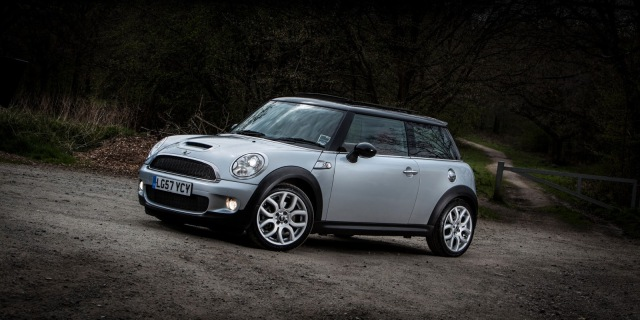 Mini Cooper S car photography by Filskifoto
